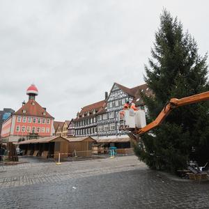 Bild Schorndorfer Weihnachtswelt Aufbau