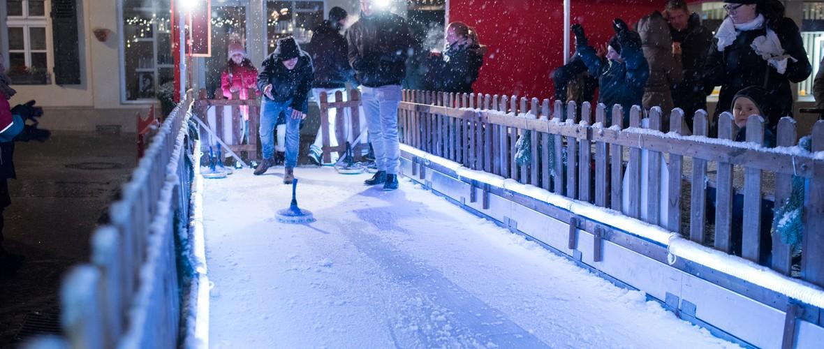 Eisstockschießen auf der Weihnachtswelt
