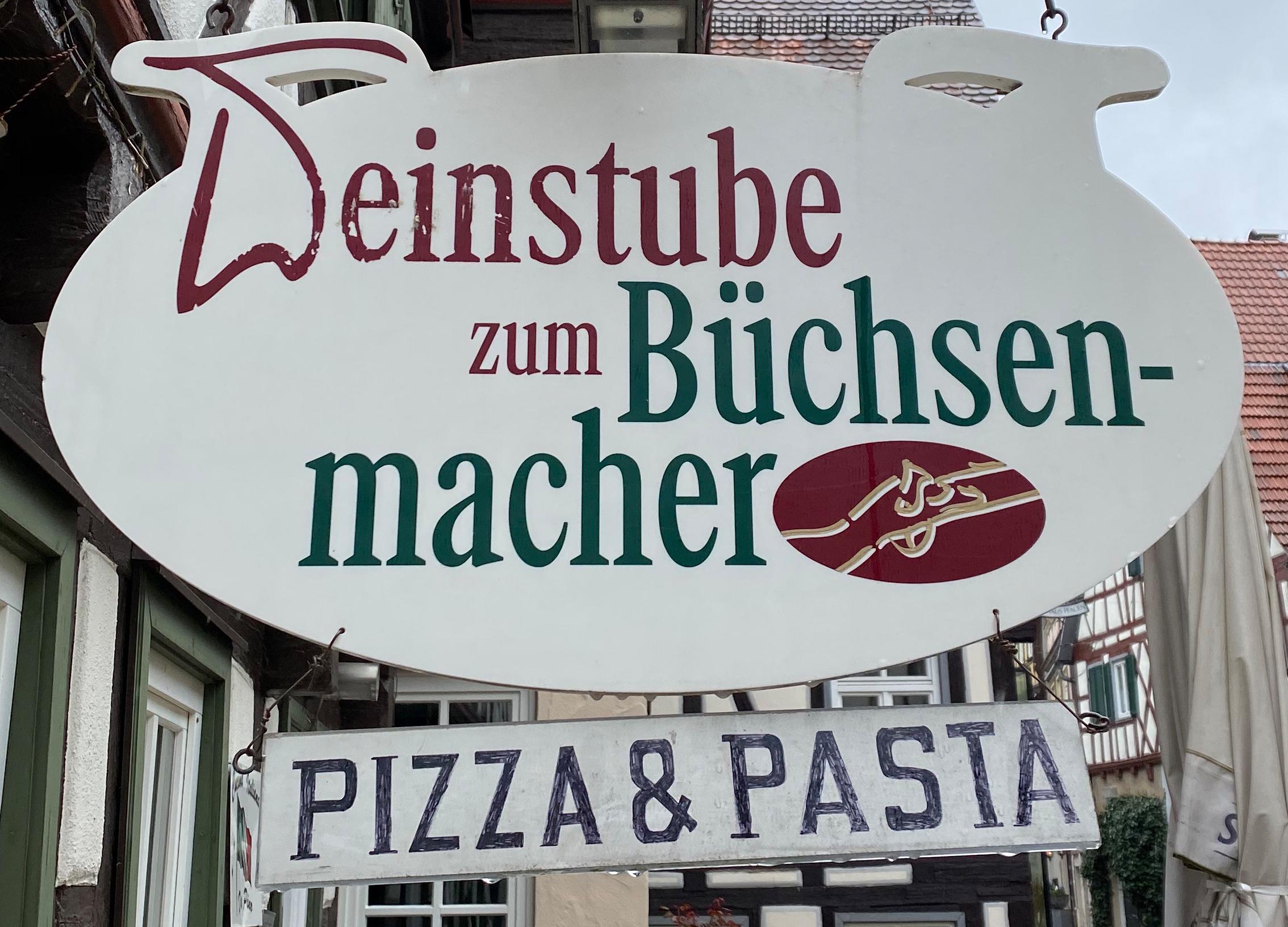 """Logo Bistro-Bar da Pino """"Zum Büchsenmacher"""""""
