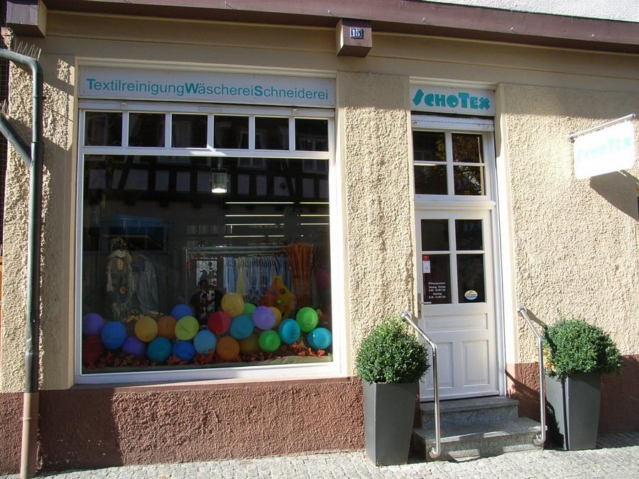 Ladenfront SchoTex Schorndorfer Textilpflege